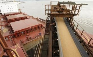 Exportações de soja lideraram as vendas brasileiras em abril