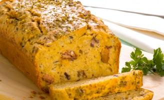 Receita – Pão com sardinha, azeitonas e cebolas