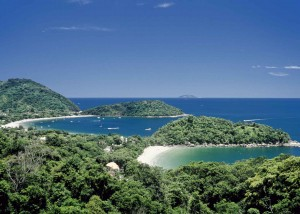 Green coasts and blue water in Ubatuba