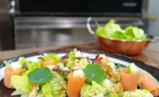 Receita – Salada de Salmão Defumado com Maçã Verde