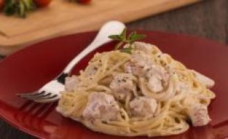 Receita – Espaguete com Frango aos 4 queijos