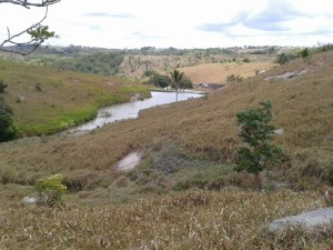 Vale de água no agreste pernambucano