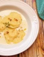Receita – Ravióli de Mozzarella de Búfala com Maçã e Gorgonzola