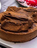 Receita – Torta de chocolate com mousse e pão de ló