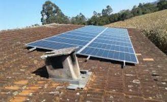 O uso de energia solar na pequena propriedade rural só oferece benefícios